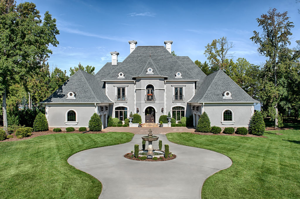 residential lakefront  mansion