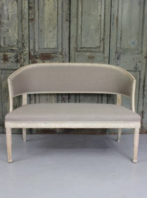 Beautiful Swedish Gustavian style bench from the end of the 19th century.