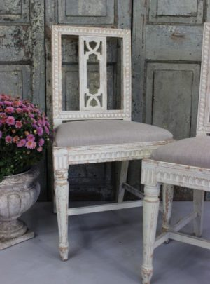 Pair of old Swedish chairs in Gustavian style from the beginning of the 20th century.