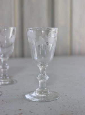 6 oak leafy snaps glass from the 19th century.