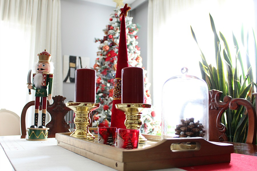 Christmas 2019 dining room, red candles | Κόκκινα Χριστούγεννα 2019, διακόσμηση τραπεζαρίας