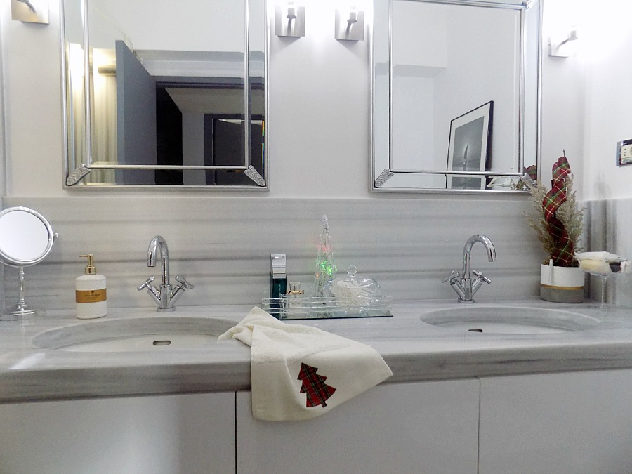 Christmas 2019 in the master bathroom