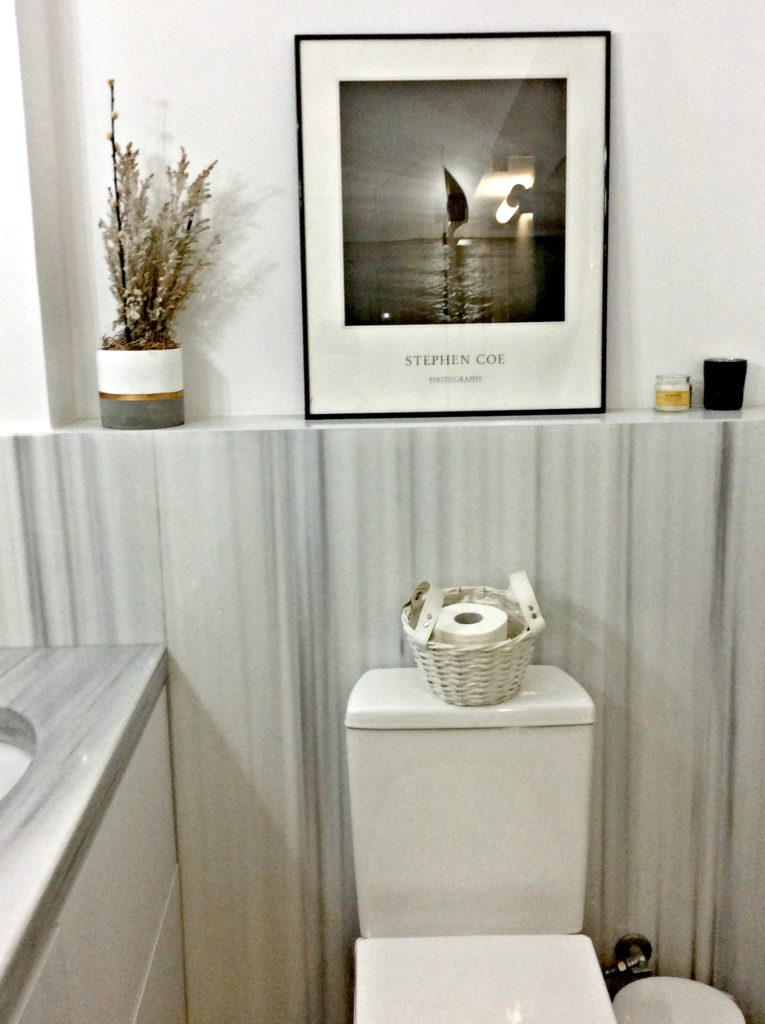 Master bathroom, white grey marble, white basket