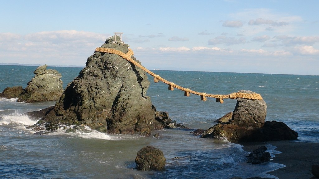 Things to do in Ise Japan #5- Meoto Iwa