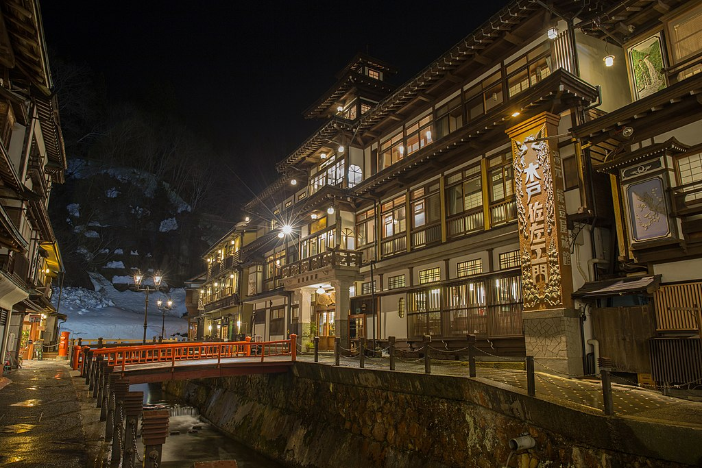 Ginzan Onsen - An Authentic Hot Spring Town You Should Absolutely Visit