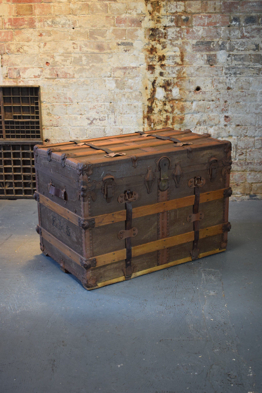 Vintage Travel Trunk Suitcase Large Trunk Coffee Table Blanket Box