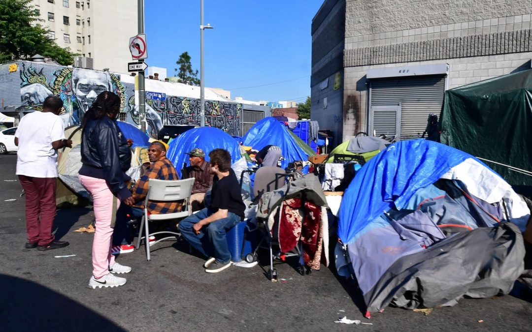 Can Homeless Immigrants Get Help?