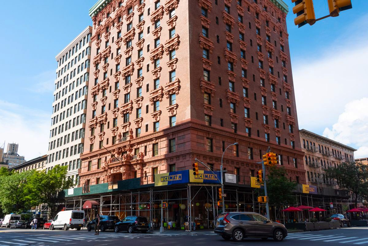 Future of Shelter Residents in NYC Hotel Uncertain as Neighborhood Groups Take Fight to Court