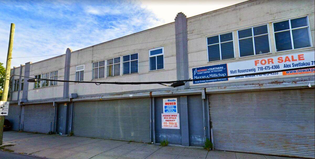 A men's homeless shelter slated for Brighton Beach has stirred controversy among locals, some of whom argue that the site is contaminated and that the shelter would overburden the area.
