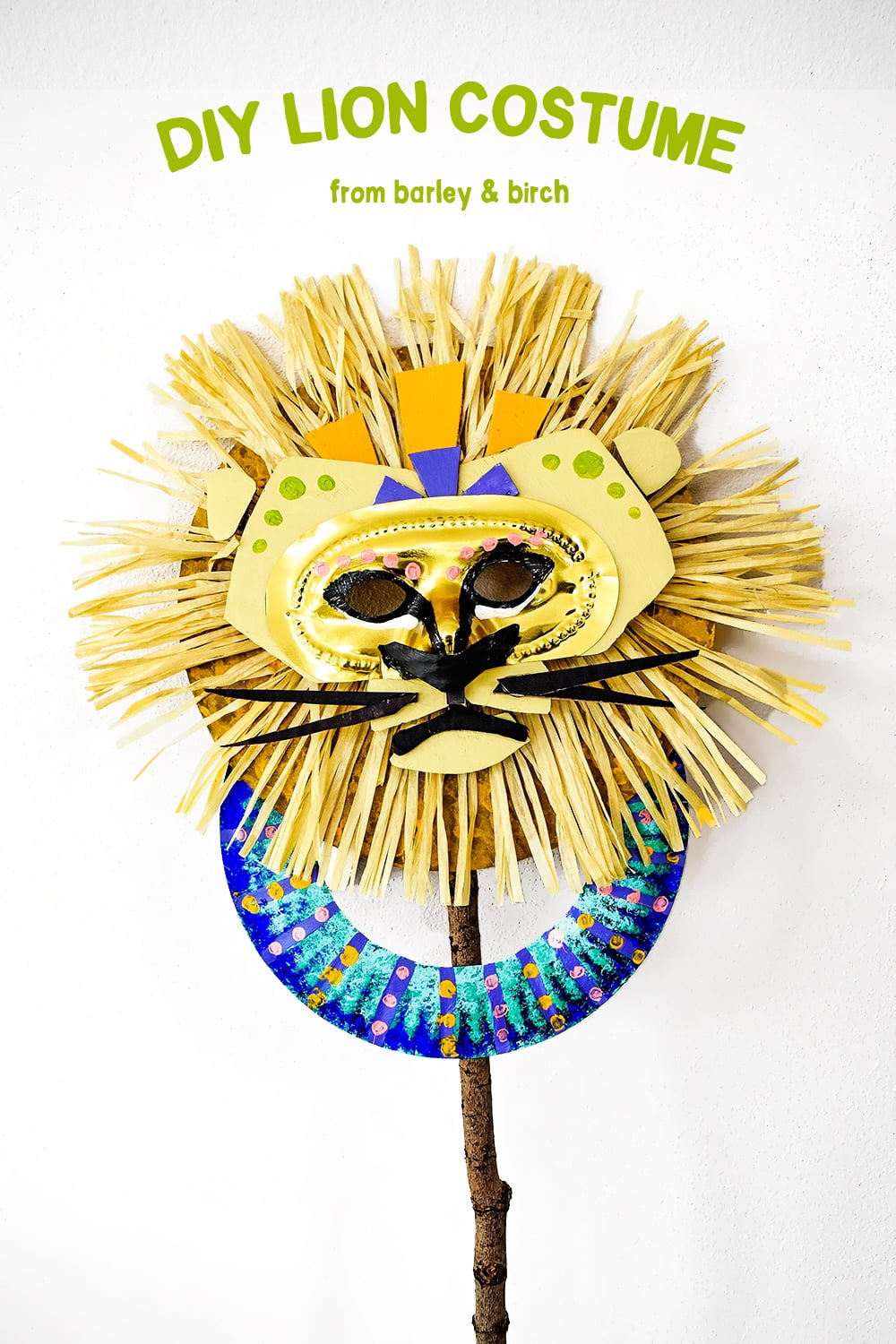 Make a lion mask fit for a king with simple supplies! A most regal DIY no-sew costume for kids (free template included)