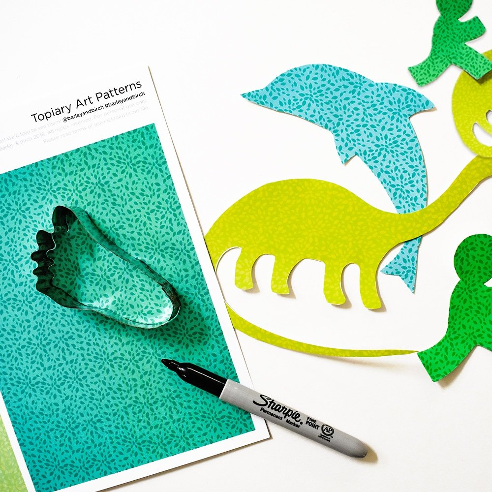Make your own topiary art in the style of Edward Scissorhands - a fun paper craft for kids!