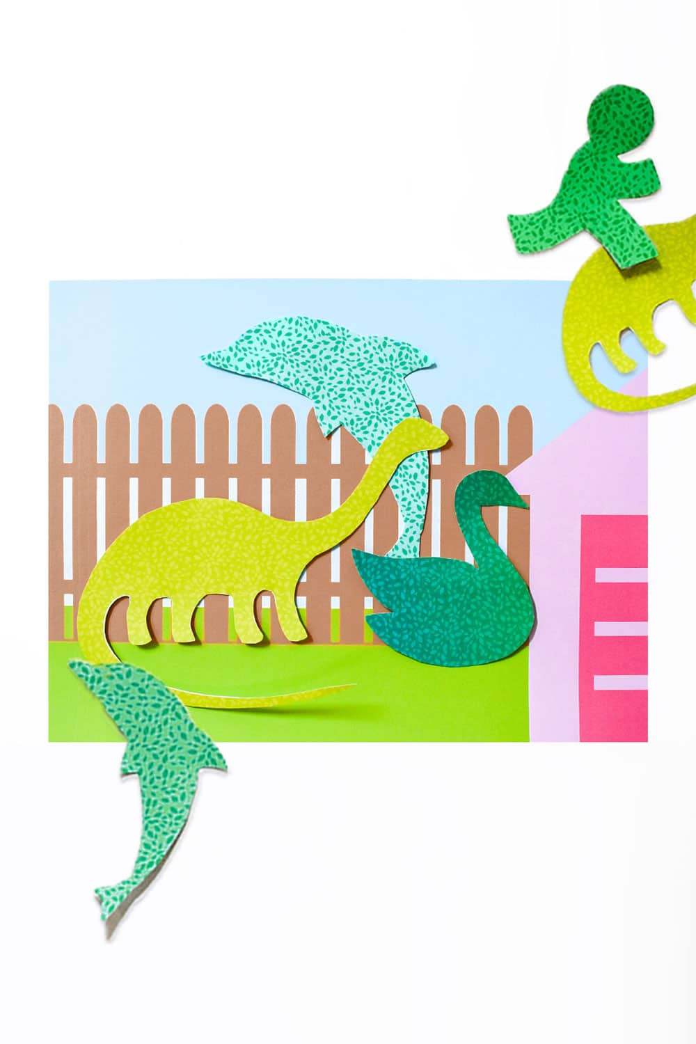Make your own topiary art in the style of Edward Scissorhands using cookie cutters and a free printable - a fun paper craft for kids! | via barley & birch