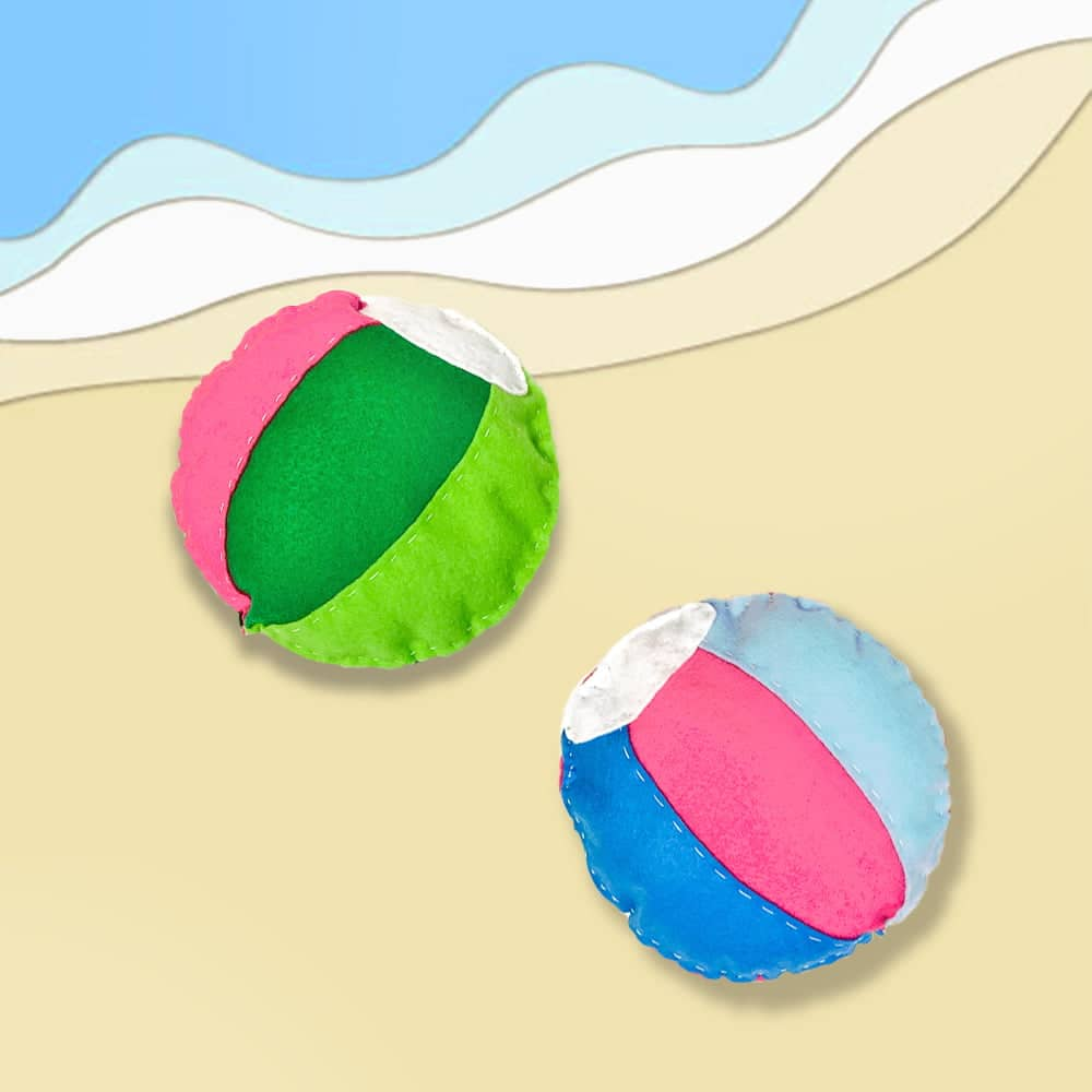 These adorable felt DIY beach ball softies make a cute and easy summer sewing project for kids! | via barley & birch
