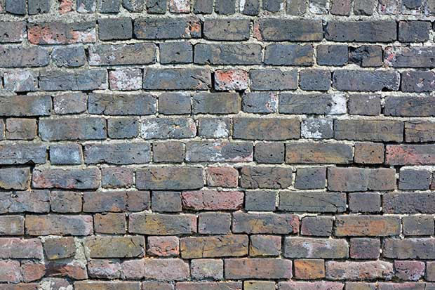 Repairing-Brickwork-Render-Wall-Needs-Repointing