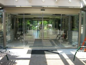 record 5200 series all glass sliding door 281
