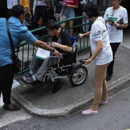 Students in Singapore Work on Accessibility Project to Map Central Business District