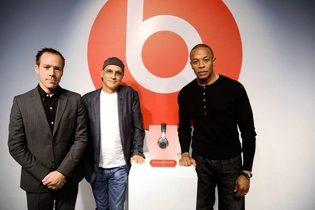 beats electronics could be interested in breaking the business relationship that binds it to HTC