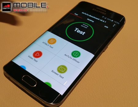 Image of the Galaxy S6 with AnTuTu