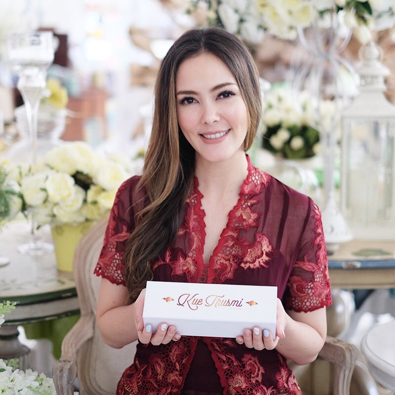 bisnis cathy sharon