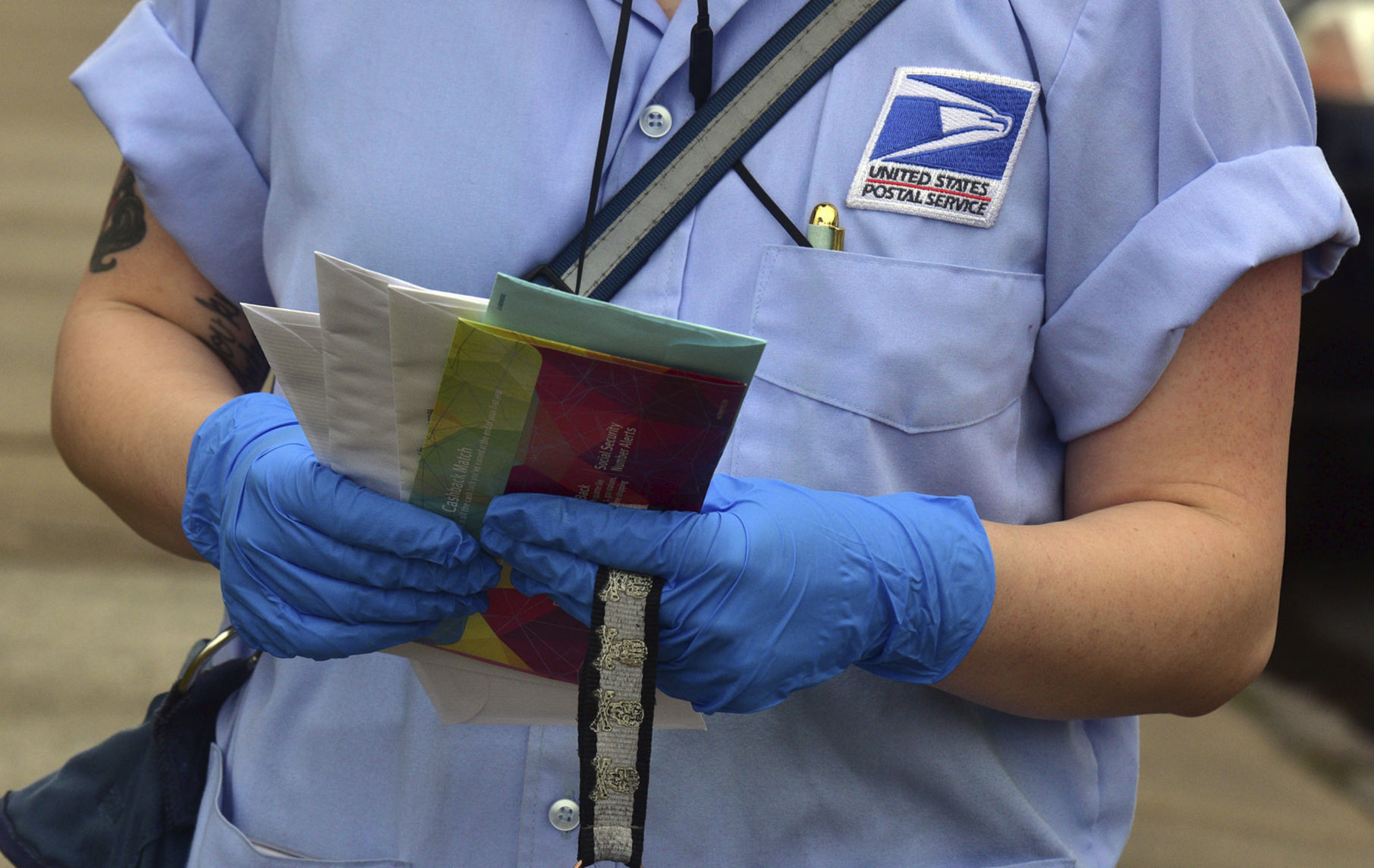 Handling Mail Amid Coronavirus Low Risk But Wash Your Hands The