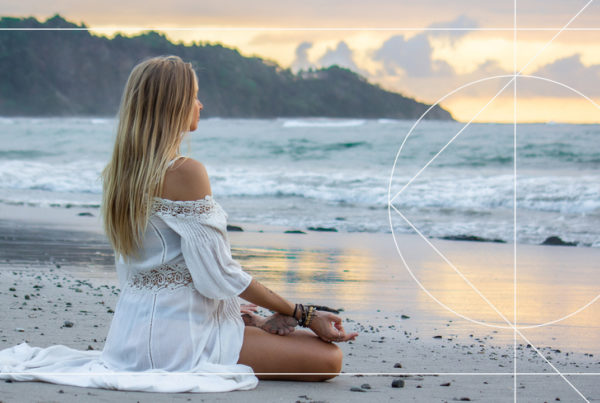 A Free Meditation from the Boho Beautiful 14 Day Yoga & Mindfulness Program by Juliana Spicoluk which helps you to calm your mind and relax.