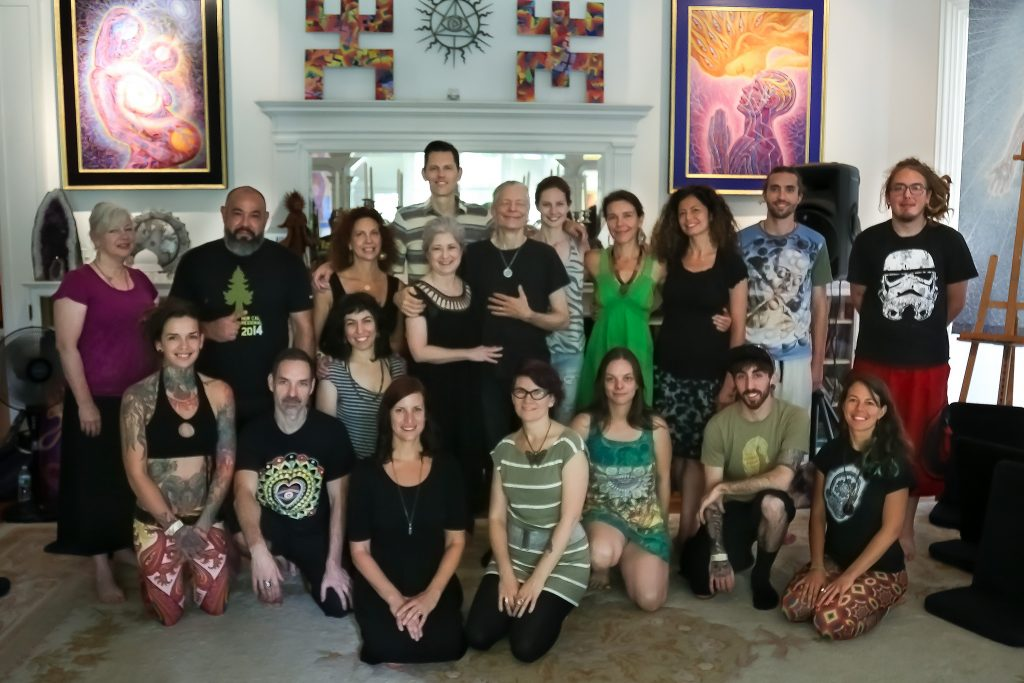 cosm_workshop_intensive_group-jon-ohia