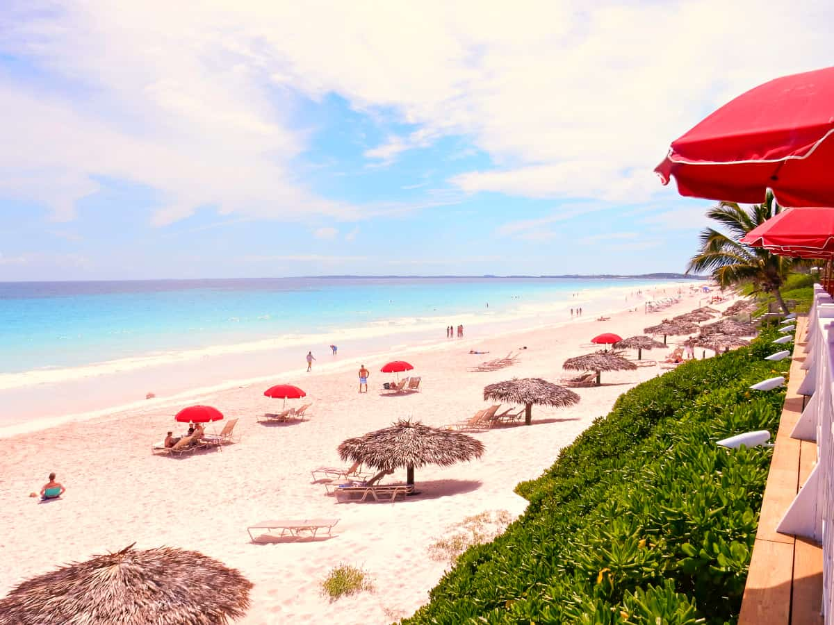 Fifteen special beaches from around the world