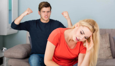 Top 10 Signs That Your Man Doesn't Really Love You