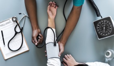 4 Ways to Lower Blood Pressure Naturally and Quickly