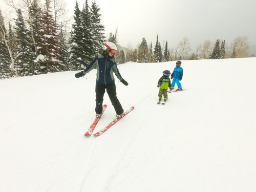 teaching kids to turn on skis