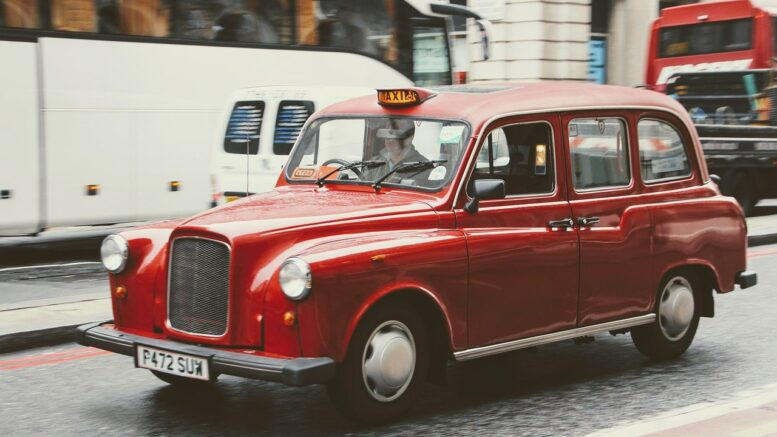 how-will-driverless-cars-impact-taxi-driving-industry
