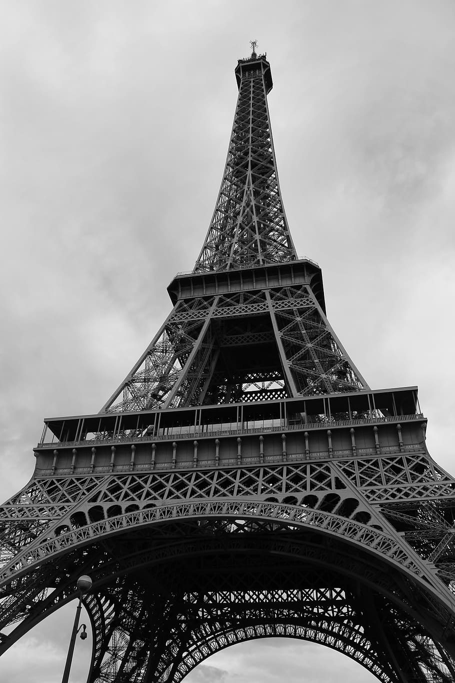 Eiffel Tower Hd Wallpaper Black And White