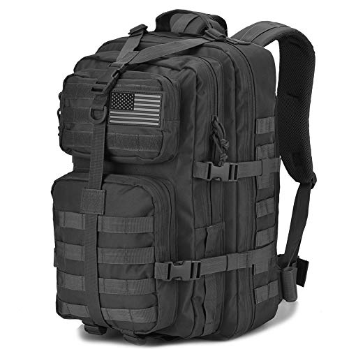 Military Tactical Backpack to organize clothes for camping