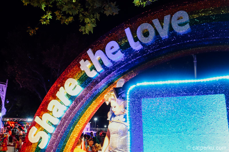 Share the love sign at Mardi Grass