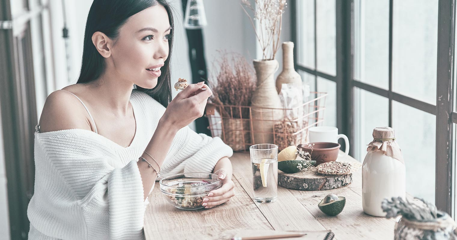 By eating well, you will be able to achieve clearer, healthier skin.