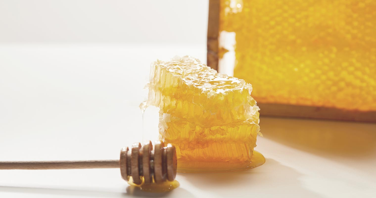 using honey for skin and health