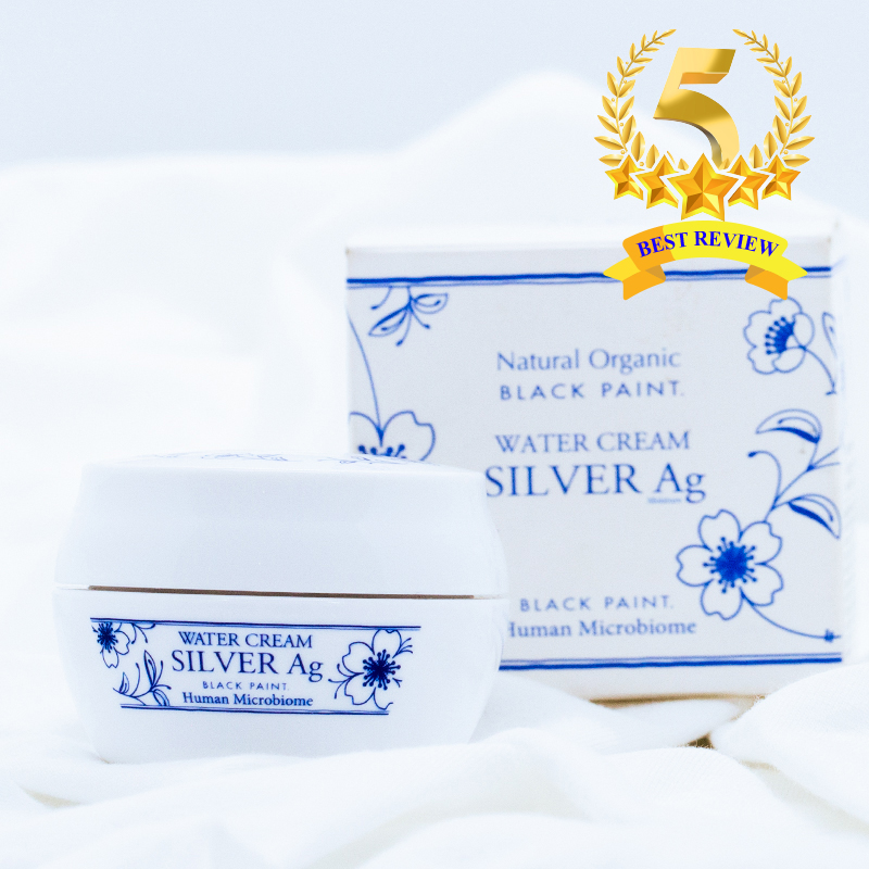 Water Cream is a dual-function moisturizer for skin protection and a makeup primer