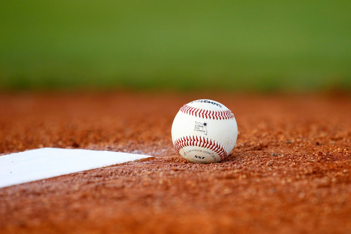 Cool Baseball Wallpapers For Iphone