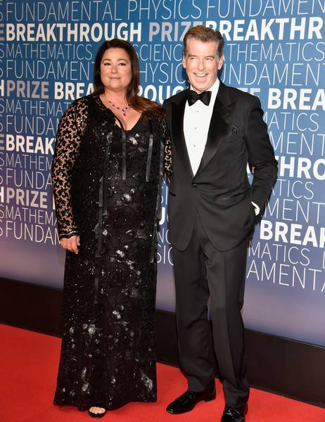 Pierce Brosnan Lifestyle, Wiki, Net Worth, Income, Salary, House, Cars, Favorites, Affairs, Awards, Family, Facts & Biography - 1566788153 783 Pierce Brosnan Lifestyle Wiki Net Worth Income Salary House Cars