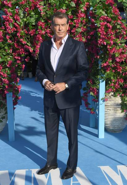 Pierce Brosnan Lifestyle, Wiki, Net Worth, Income, Salary, House, Cars, Favorites, Affairs, Awards, Family, Facts & Biography - 1566788154 71 Pierce Brosnan Lifestyle Wiki Net Worth Income Salary House Cars