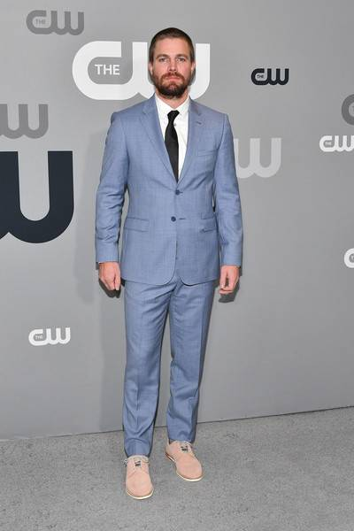 Stephen Amell Lifestyle, Wiki, Net Worth, Income, Salary, House, Cars, Favorites, Affairs, Awards, Family, Facts & Biography - 1566918119 471 Stephen Amell Lifestyle Wiki Net Worth Income Salary House Cars