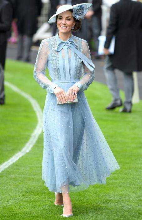 Kate Middleton Lifestyle, Wiki, Net Worth, Income, Salary, House, Cars, Favorites, Affairs, Awards, Family, Facts & Biography - 1567915310 943 Kate Middleton Lifestyle Wiki Net Worth Income Salary House Cars