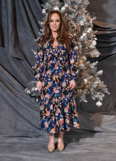 Leah Remini Lifestyle, Wiki, Net Worth, Income, Salary, House, Cars, Favorites, Affairs, Awards, Family, Facts & Biography - 1568197146 698 Leah Remini Lifestyle Wiki Net Worth Income Salary House Cars
