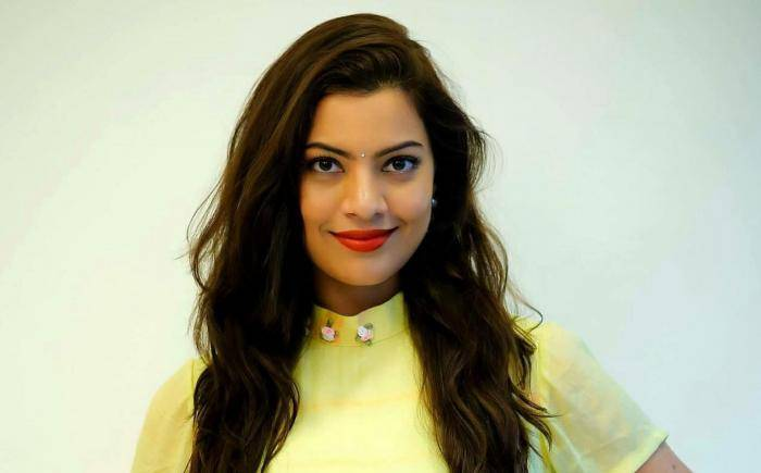 Geetha Madhuri Lifestyle, Wiki, Net Worth, Income, Salary, House, Cars, Favorites, Affairs, Awards, Family, Facts & Biography - Geetha Madhuri Lifestyle Wiki Net Worth Income Salary House Cars