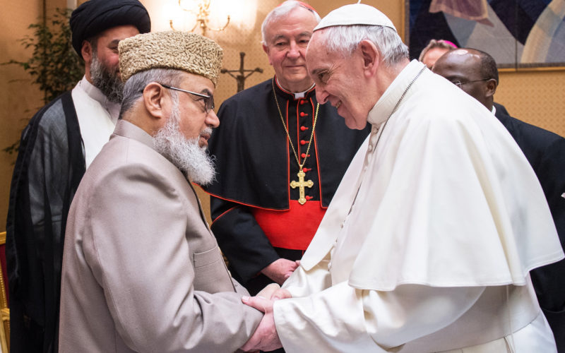 pope-meets-imams
