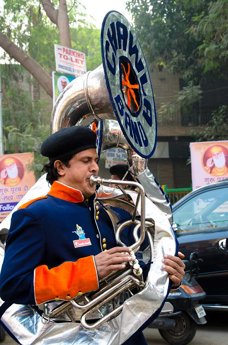 A Chawla band member plays his instrument. Photo courtesy: Sadia Akhtar