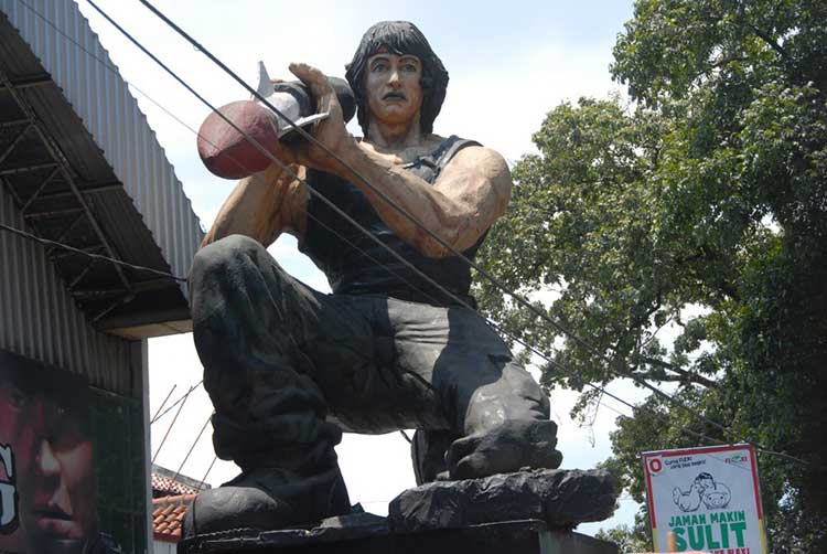 'local culture' - Rambo's statue in Bandung - US sponsor state is hated and admired here