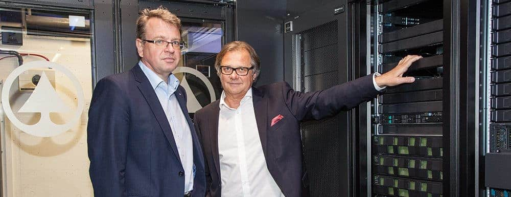 HDS Andreas Kranabitl (l.), head of IT at the international commercial group at Spar and Horst Heftberger (r.), Managing Director at Hitachi Data System in Austria.