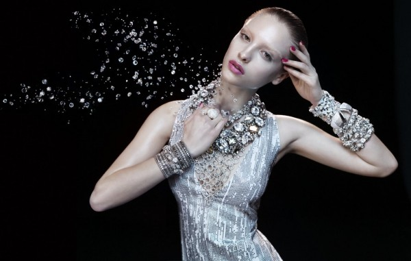 German-Vogue-Swarovski-Elements-600x381