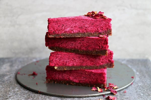 raw-beetroot-cake-a